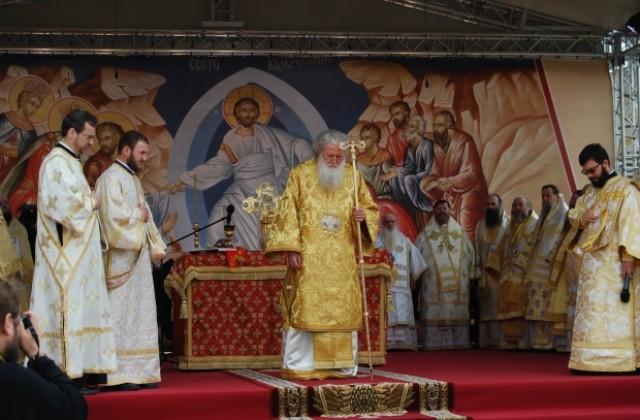 1150-years-baptismal-of-bulgaria-feast-patriarch-Neofit-Pliska-Great-Basilica