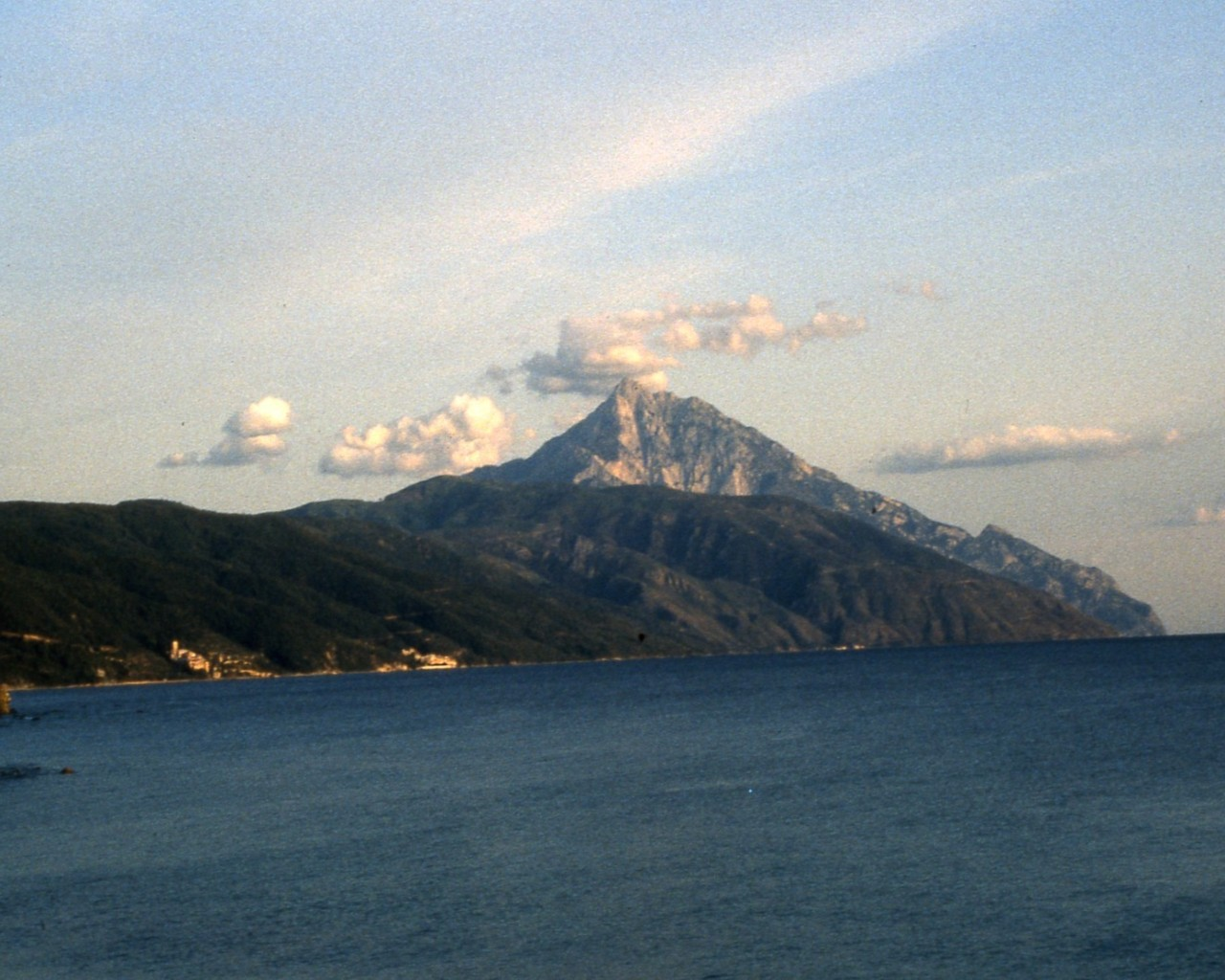 Agios_Oros_peak_Holy_Mount_Athos-with-seacoast-monasteries-picture