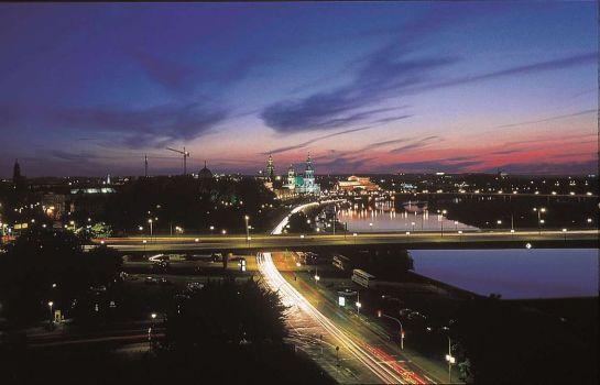 Am_Terrassenufer-Dresden-Aussenansicht-night-view-to-Dresden