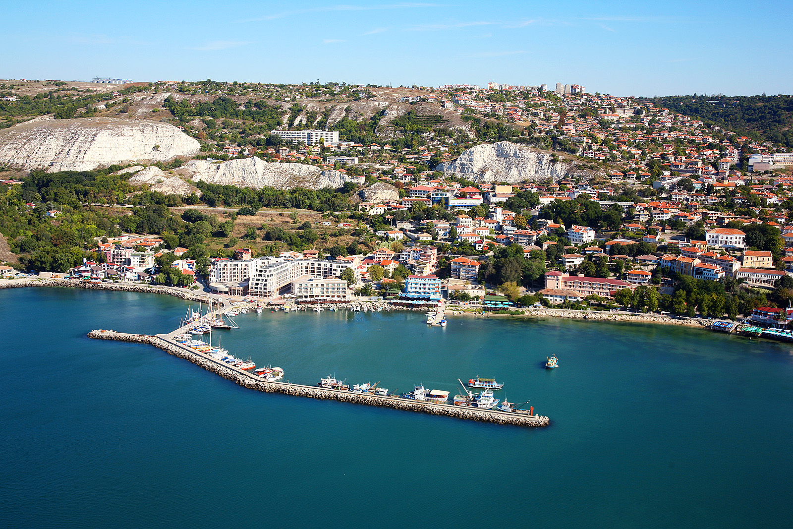 Balchik_Sea-Resort-Bulgaria_Aerial_photo-from-Black-Sea