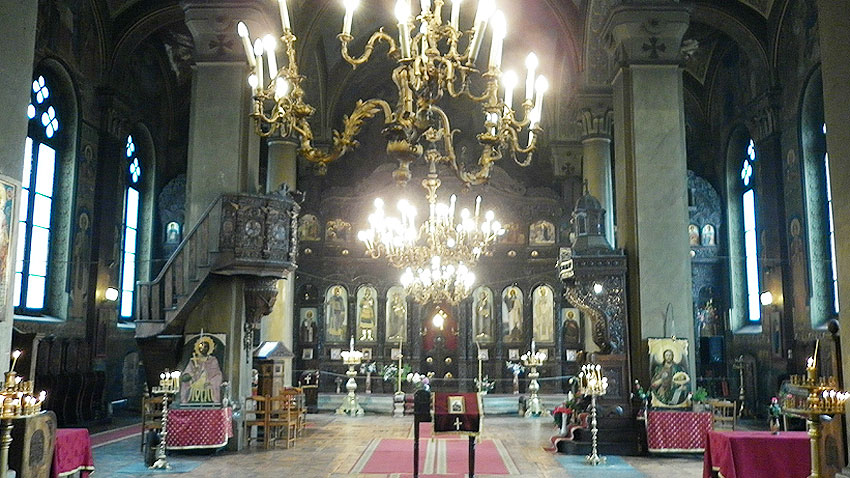 Church-of-saint-Nikolay-of-Sofia-internal-view-Church-icons-and-architecture-decoration