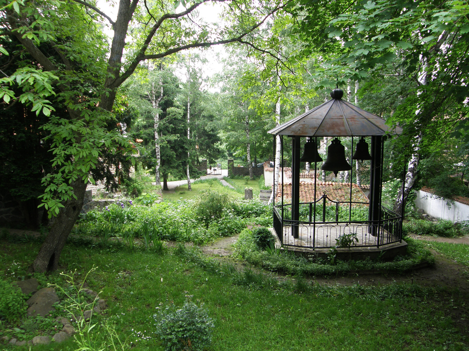 Dragalevski-Monastery-Bells-Vitosha-Mountain