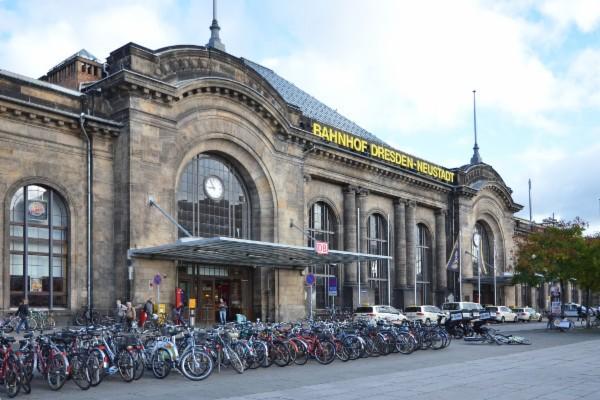 Dresden-autobahnohf-neustadt