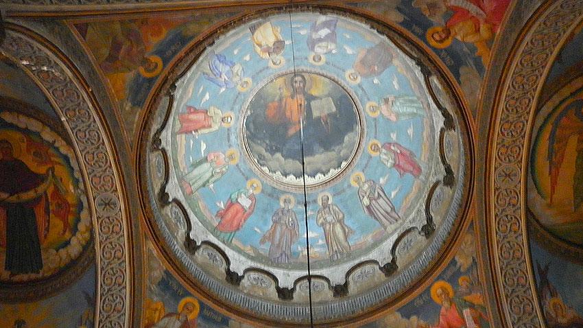 Saint-Nikolay-of-Sofia-Church-dome-Christ