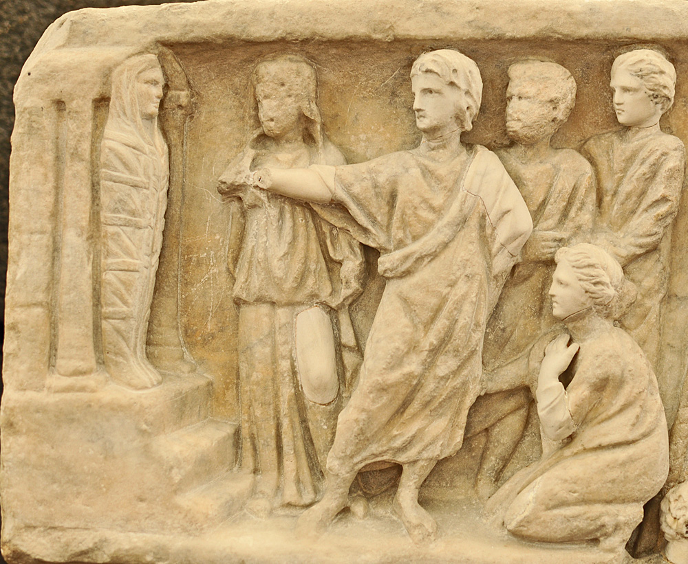 Sarcophagus-of-Jonah-Lazarus_resurrection-engraved-3rd-4th-century