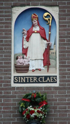 Sinter-claes-SinterKlaas-saint-nicolas-Amsterdam-dam