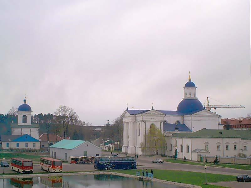 Sviato-Uspenskij-Jirovichki-manastir-bus-station