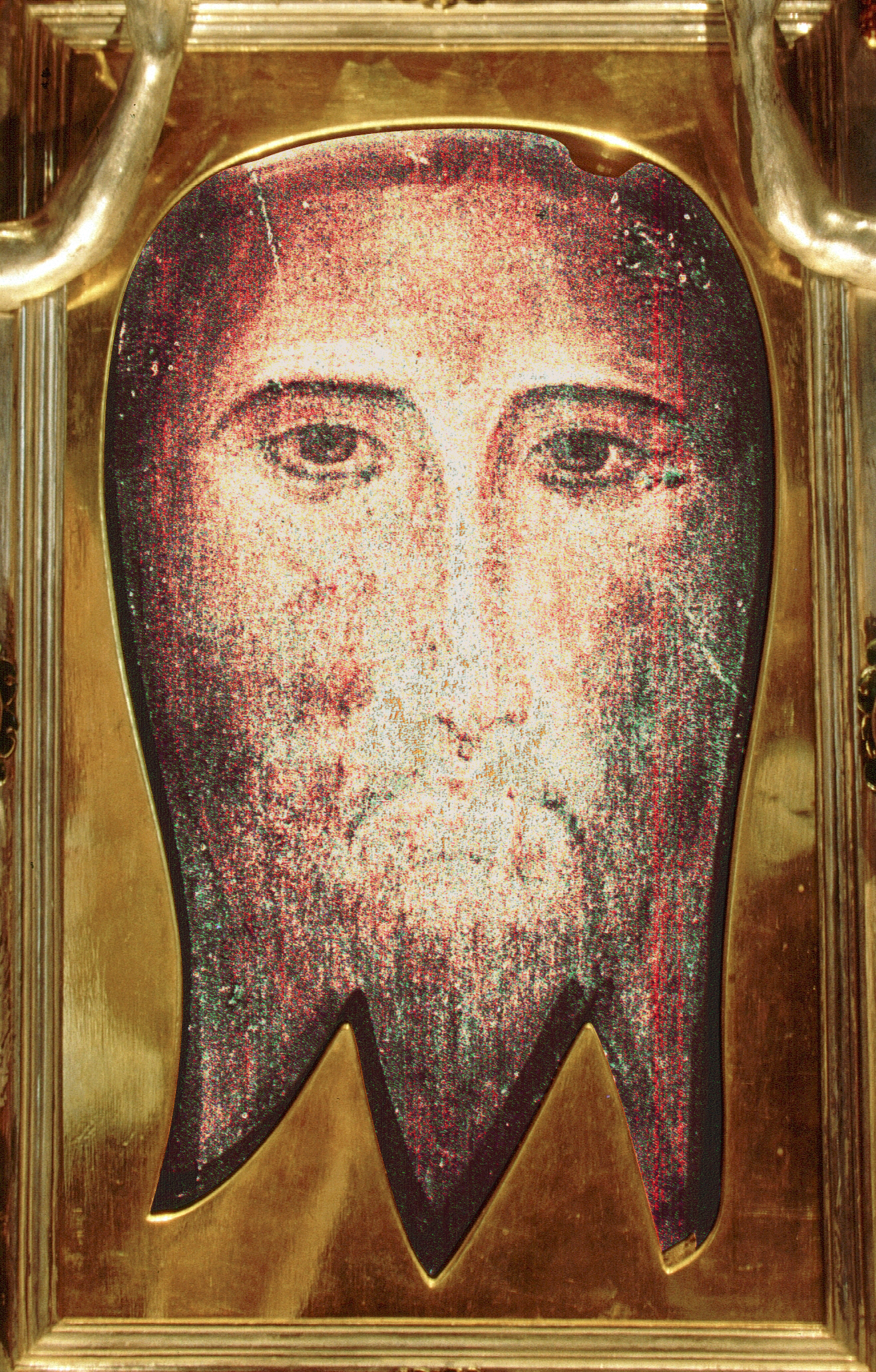 The_San_Silvestro-image-imprint-of-Jesus-non-hand-made-Mandylion_visage