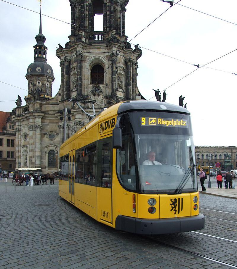 Trams-in-Dresden-how-they-look-in-2018.jpg