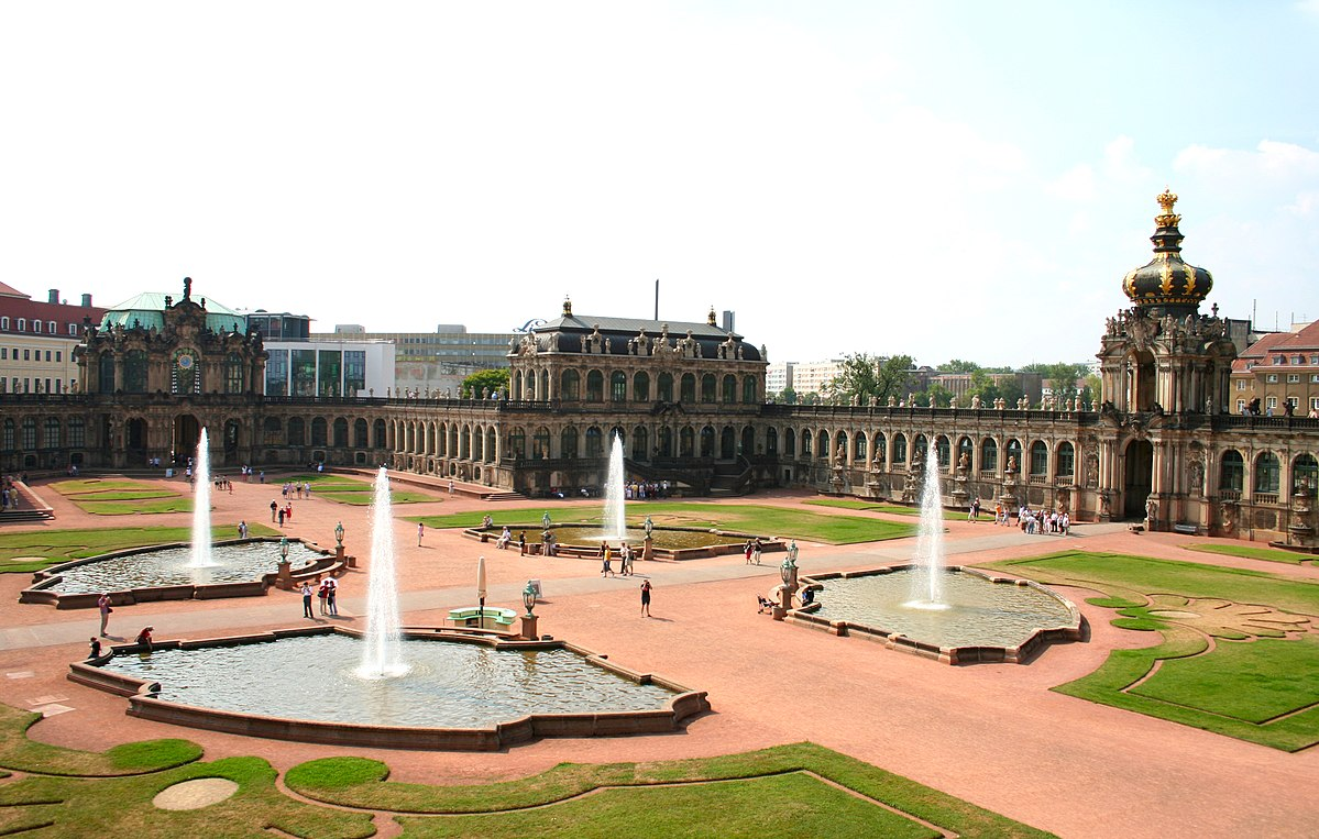 Zwinger_palace-dresden2