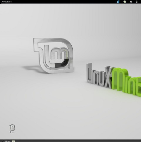 Linux Mint 12 desktop trashbin screenshot