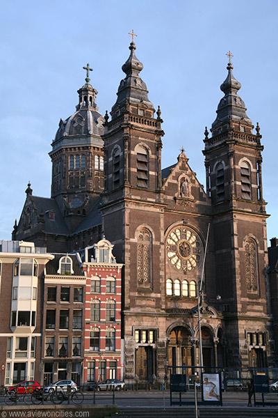saint Nicolas Church Amsterdam SinterKlaas Amsterdam